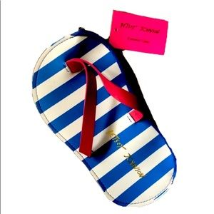 Betsey Johnson Blue:White Flipflop Sunglass Case